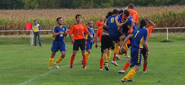 Les buteurs : Yannick (0-1); Deju (0-2); Armando (1-3)