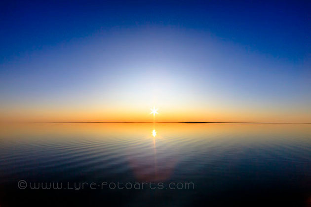 2009-08-26  -  Simpson Strait, Nunavut, Kanada