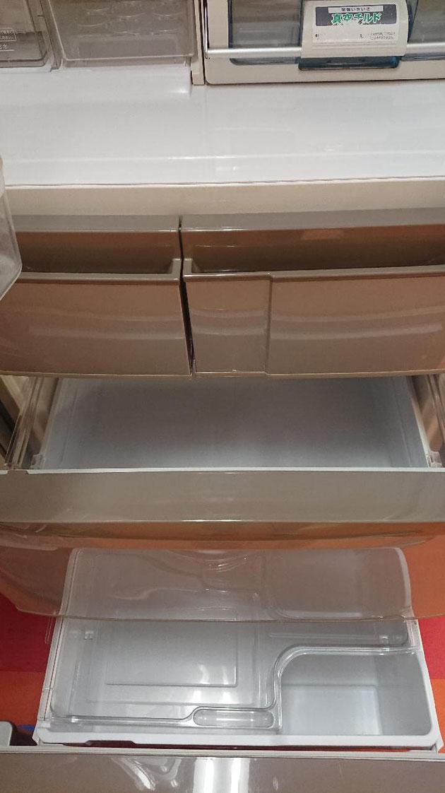 大型冷蔵庫野菜室、冷凍庫