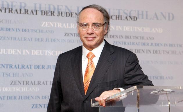 Steht jetzt im Mittelpunkt des öffentlichen Interesses: Zentralratschef Dr. Dieter Graumann.