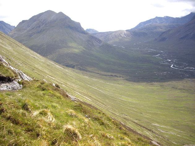 Paysage montagneux dans un sentier de randonné