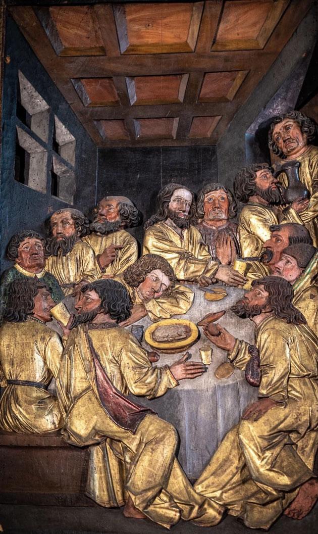 Le Retable de la Passion de l'église Ste-Croix de Kaysersberg est marquée par des influences diverses et prestigieuses. Les compositions sont largement inspirées des gravures de Martin Schongauer.