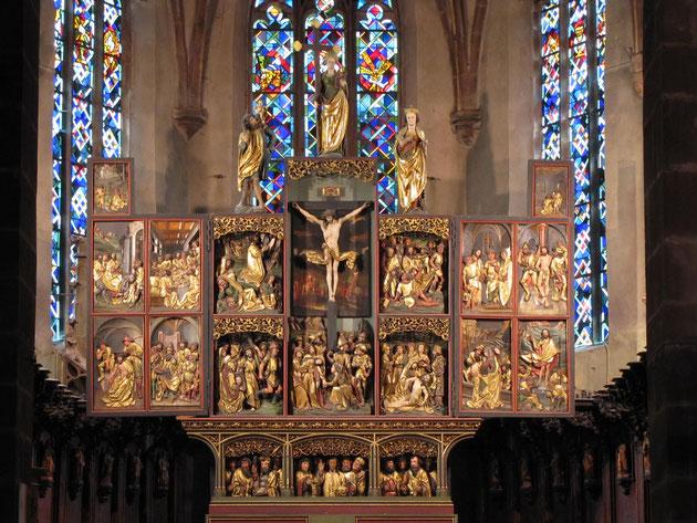 Le magnifique retable de la Passion (1518-1521) que l'on peut aujourd'hui encore contempler dans le choeur de l'église Sainte-Croix de Kaysersberg.