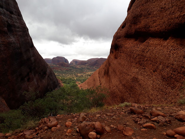 Kata Tjuta Valley of the wind