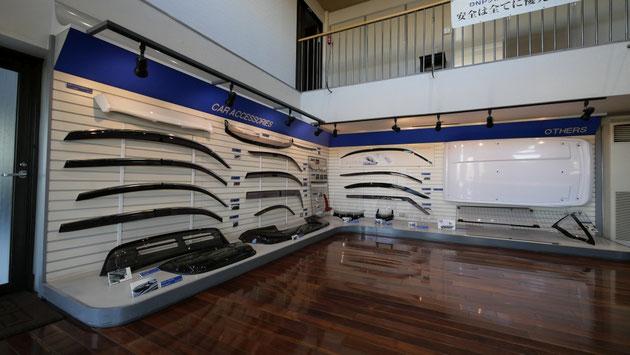 DNP田村プラスチック様が製造販売する製品の数々。