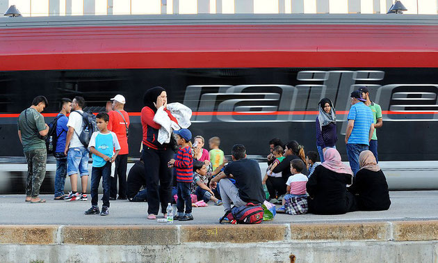 Quelle: http://diepresse.com/home/wirtschaft/economist/4973296/OeBBBilanz_300000-Fluechtlinge-befoerdert-674-Sonderzuege