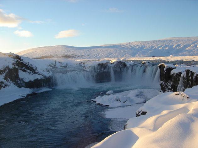 """Der """"Goðafoss"""" Wasserfall"""