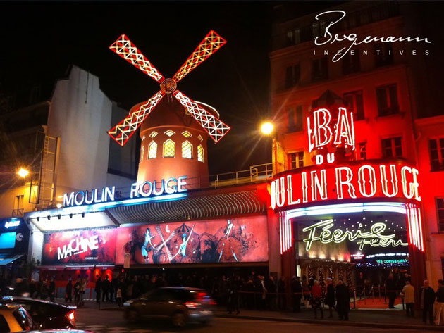 "Paris - La ""Moulin Rouge"""