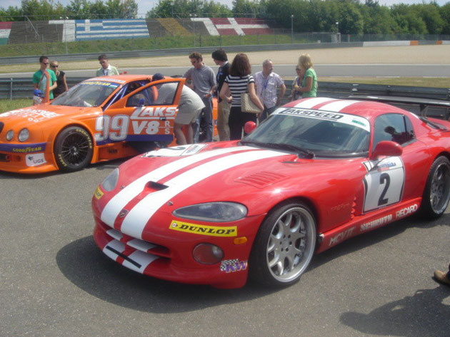Dodge Viper & Jaguar V8