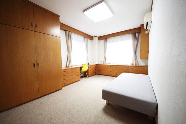 505号室