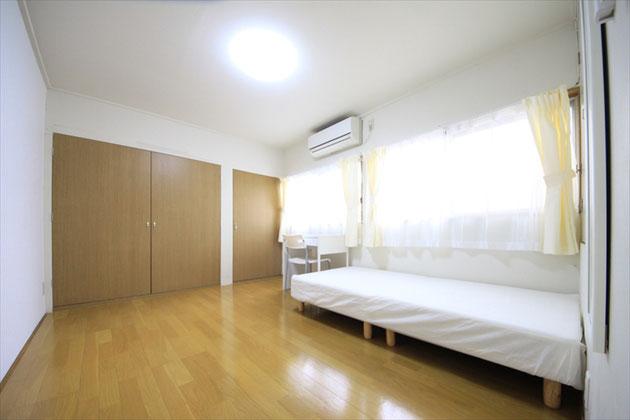 203号室