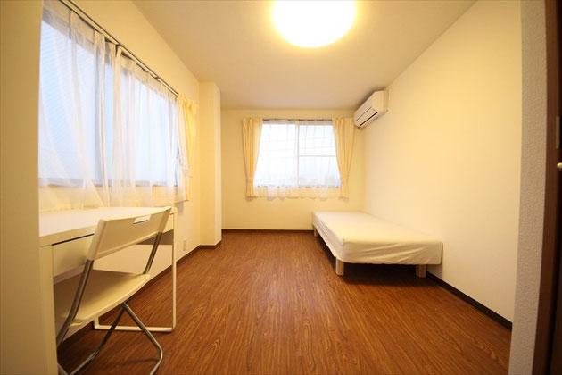 305號室
