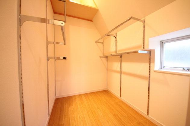 置衣室(402號室)