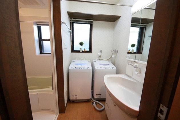 洗面室、洗濯機