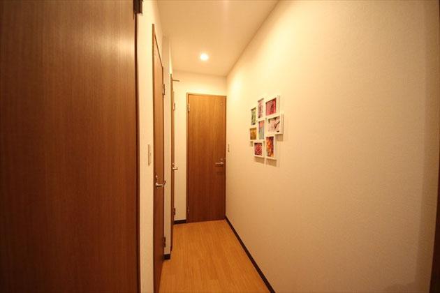 1F Corridor