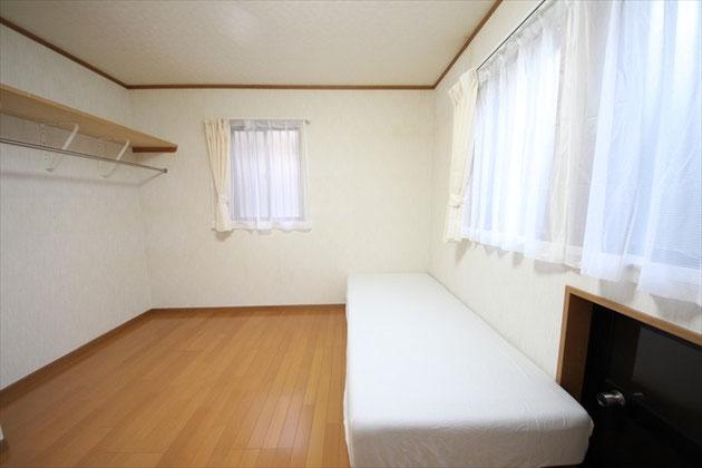 103號室
