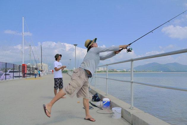 ヒロさんとまこやん。 この二人は漁師だ。