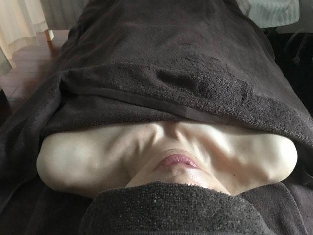ワンネス東川口リンパマッサージで巻き肩、四十肩五十肩が改善