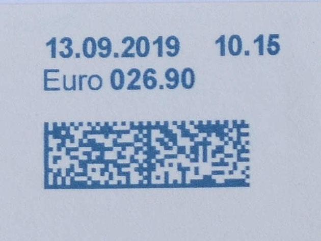 封筒に貼られていたシールには、26ユーロの文字。これが主催側の負担で支払われています。