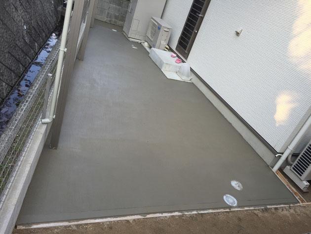 土間コンクリート 厚4cm 刷毛仕上げ