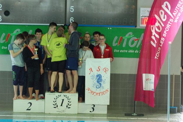 Relais 4x100NL toute catégorie : médaille de bronze ( Tanguy Crapeau, Antoine Britz, Théo Antoine, Pierre-Louis Ottavioli)