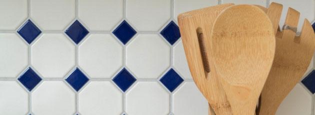 mosaico ottagonale ocra bianco nero in ceramica