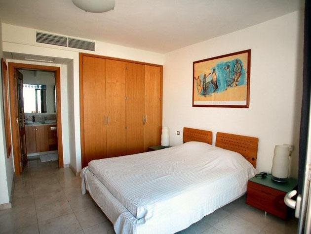 1.Schlafzimmer mit Bad en suite