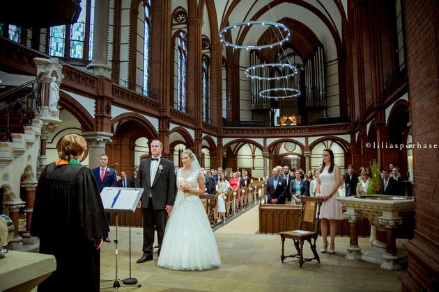 St. Gertrud Kirche, Hamburg, Hochzeit, liliaspoerhase, Fotografie, Lilia Spörhase, Sankt Gertrud, Uhlenhorst, Gottesdienst