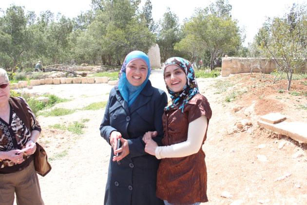 Begegnung mit netten jordanischen Mädchen.