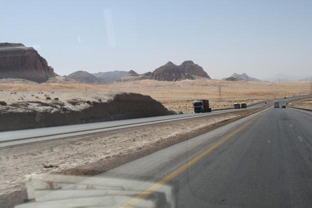 Die Jordanische Wüstenstraße.
