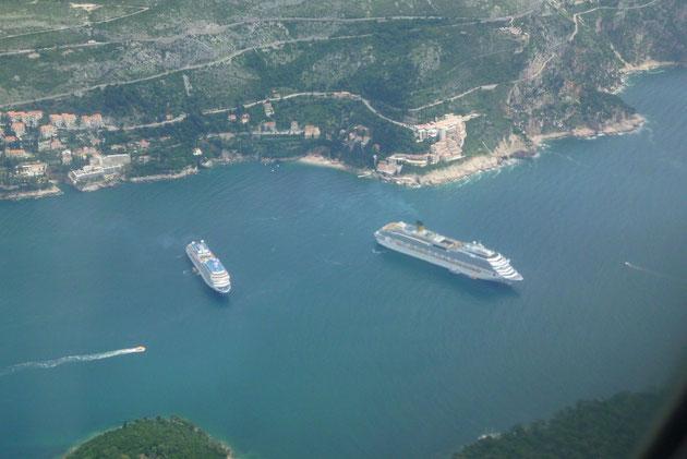 Kreuzfahrer vor Dubrovnik..