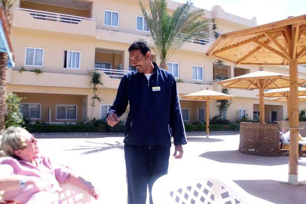 Mahmoud der Poolmanager, sprach perfektes Deutsch.