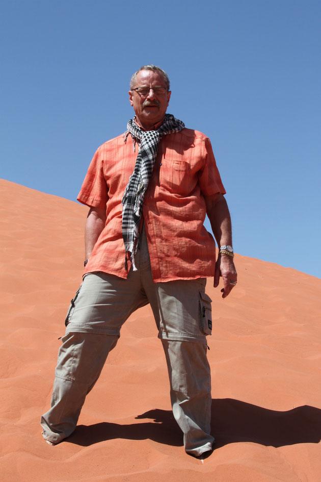 Ich und die Sanddüne bei gefühlten 40 Grad.
