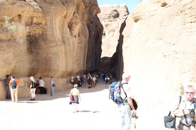 Eingang zur Felsschlucht, dem Siq.