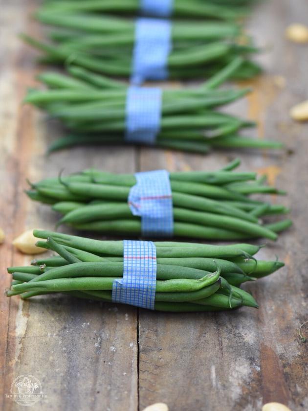 Gemüse-Wok mit glasiertem Bio-Lachs
