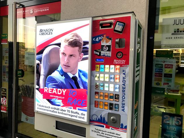 Inform GmbH - Altersabfrage und kontaktlose Bezahlung an Automaten