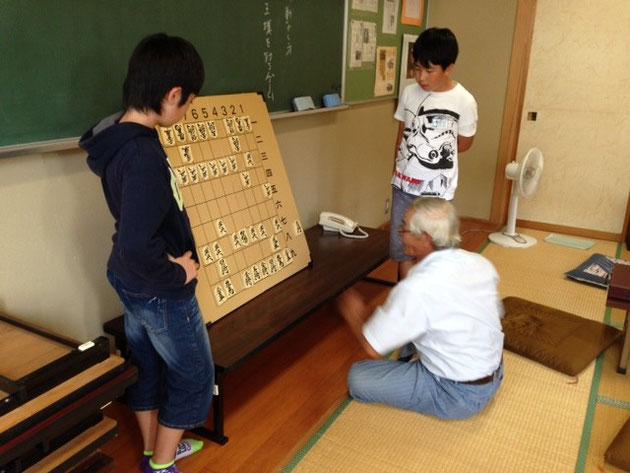 ルールを確認しながら 駒を打つ!
