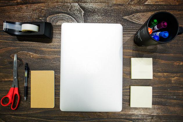 Paul Emmanuel NDJENG_Rédaction Web 101_Comment développer/détecter un auteur professionnel_le stylo numérique