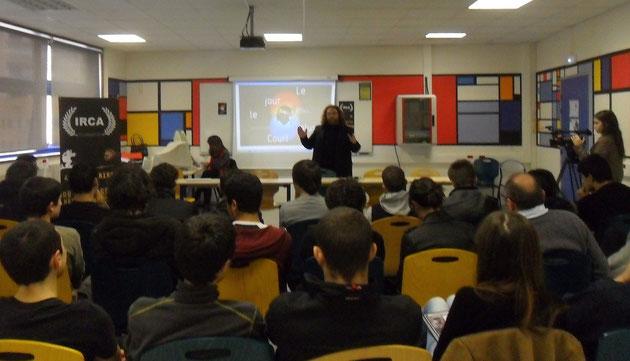 Récemment au Lycée Jules Antonini Magà Ettori est intervenu dans le cadre d'une de ses Master Class La leçon de cinéma corse néo contemporain