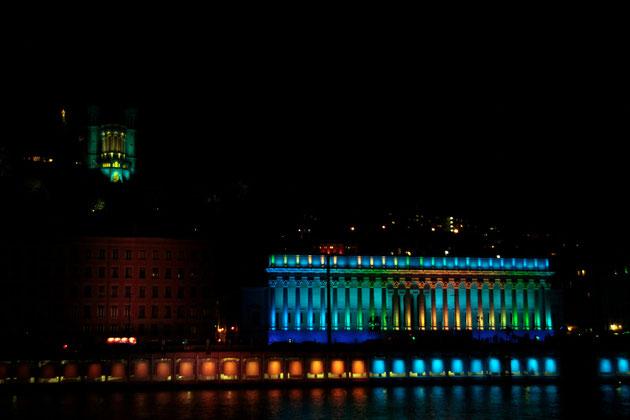 """Fourvière et Palais de Justice au son de """"Lawrence d'Arabie"""" - Fête des Lumières - Lyon - Déc 2013 - Photos © Anik COUBLE"""