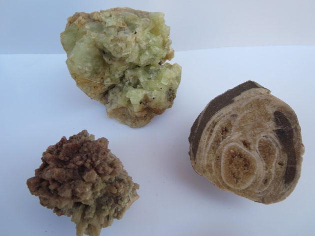 Brasilianit, Aragonit. Das andere Mineral kenne ich bis heute nicht, Kommt aus Österreich