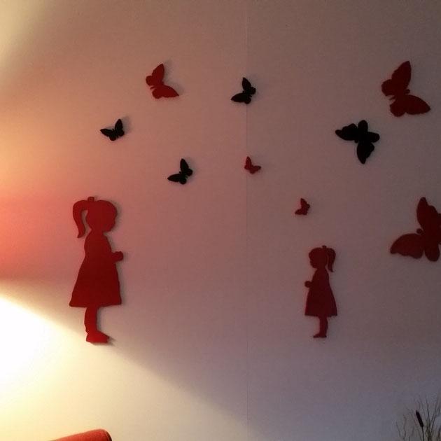 Huiskamerwand met figuurzaag figuren