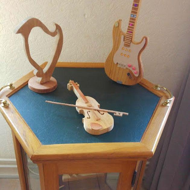 gitaar viool en harp