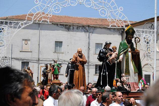 Statua Padre Pio durante la festa di S. Pardo a Larino