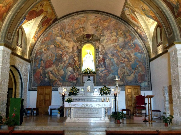 Campobasso interno della chiesa di Santa Maria del Monte