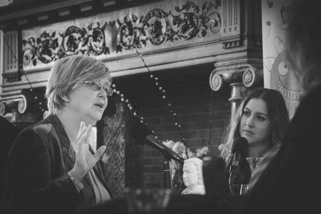 Mathilde Santing & Kirila Kraal   Het Klankcafé, radio