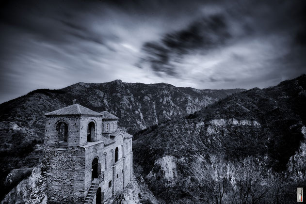 ASSEN`S FORTRESS (Rhodope Mountains - BULGARIA - 03/2015)