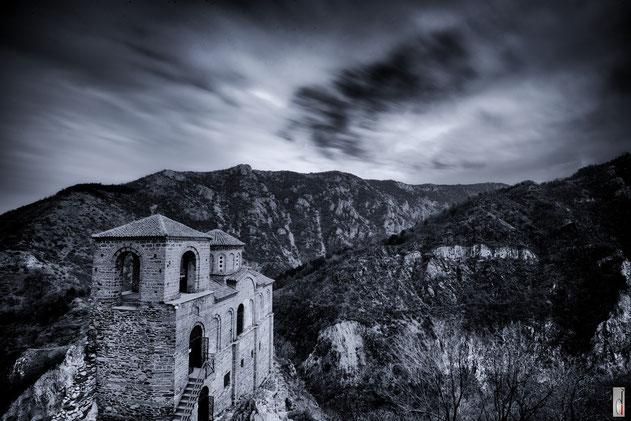 ASSEN`S FORTRESS (Rhodope Mountains - BULGARIA - 03/2015)