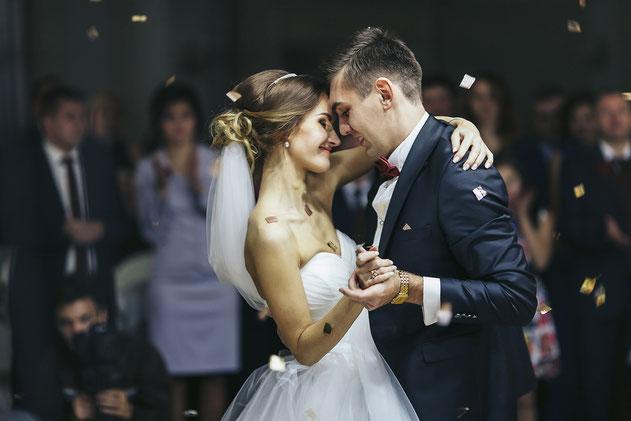 organiza el baile de la boda