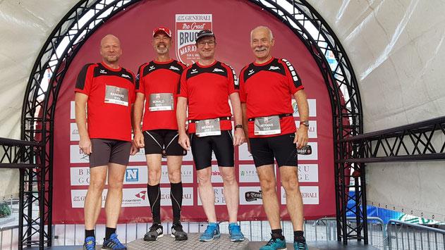 Auf dem Bild von links nach rechts: Rainhard Hanfland, Ronald Baxter, Werner Schnittker, Hermann Strunk,  Foto: Helga Reichel-Hanfland